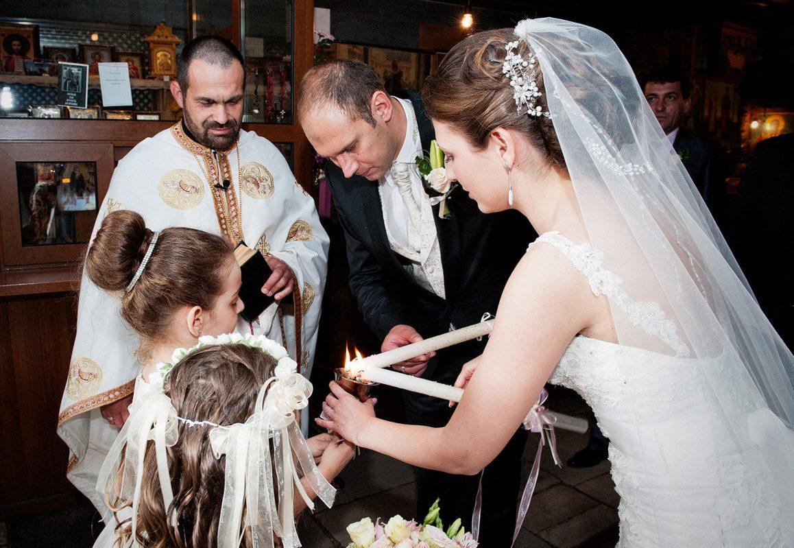 Църковният брак и ритуал в сватбения ден