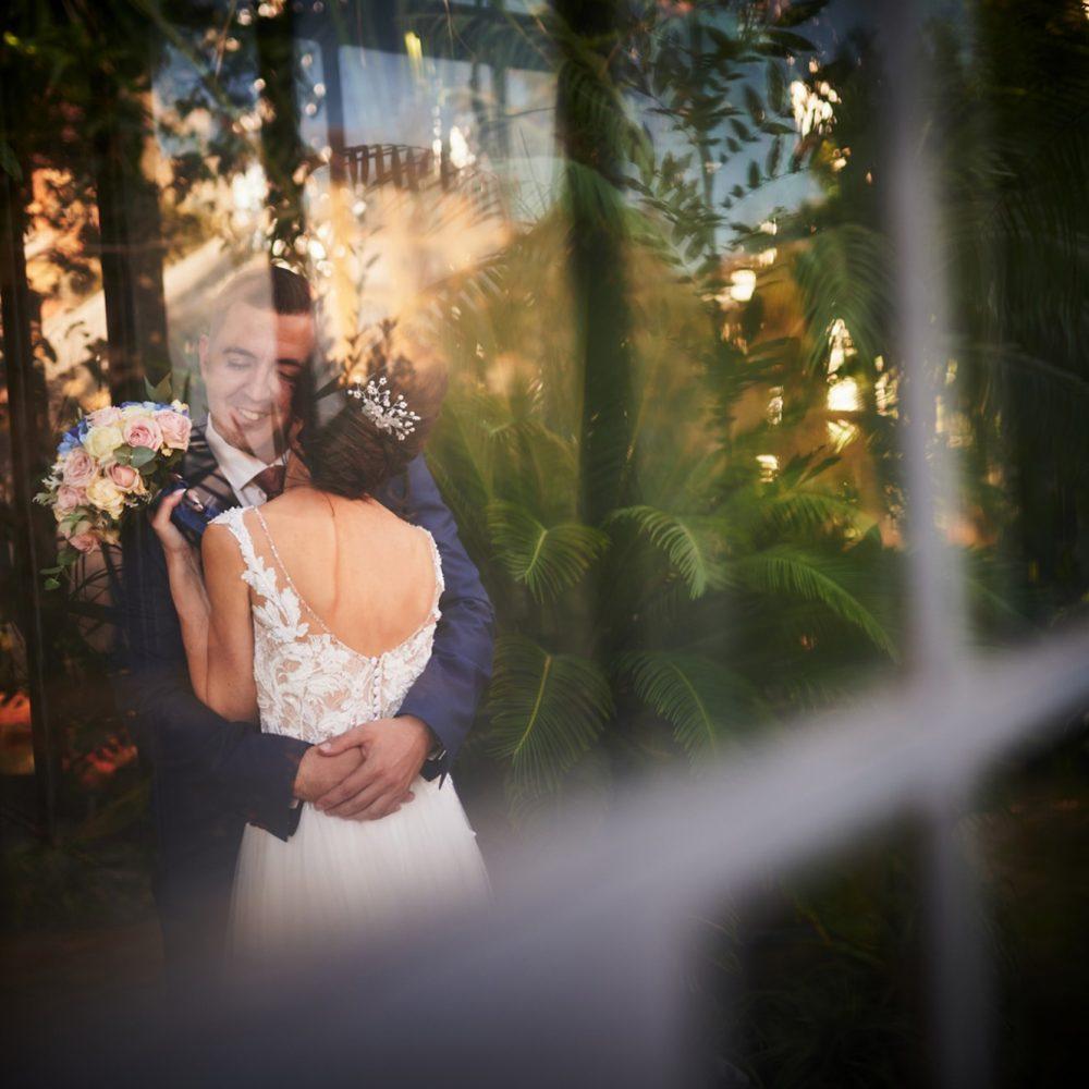 Сватбена фотосесия в Софийска ботаническа градина